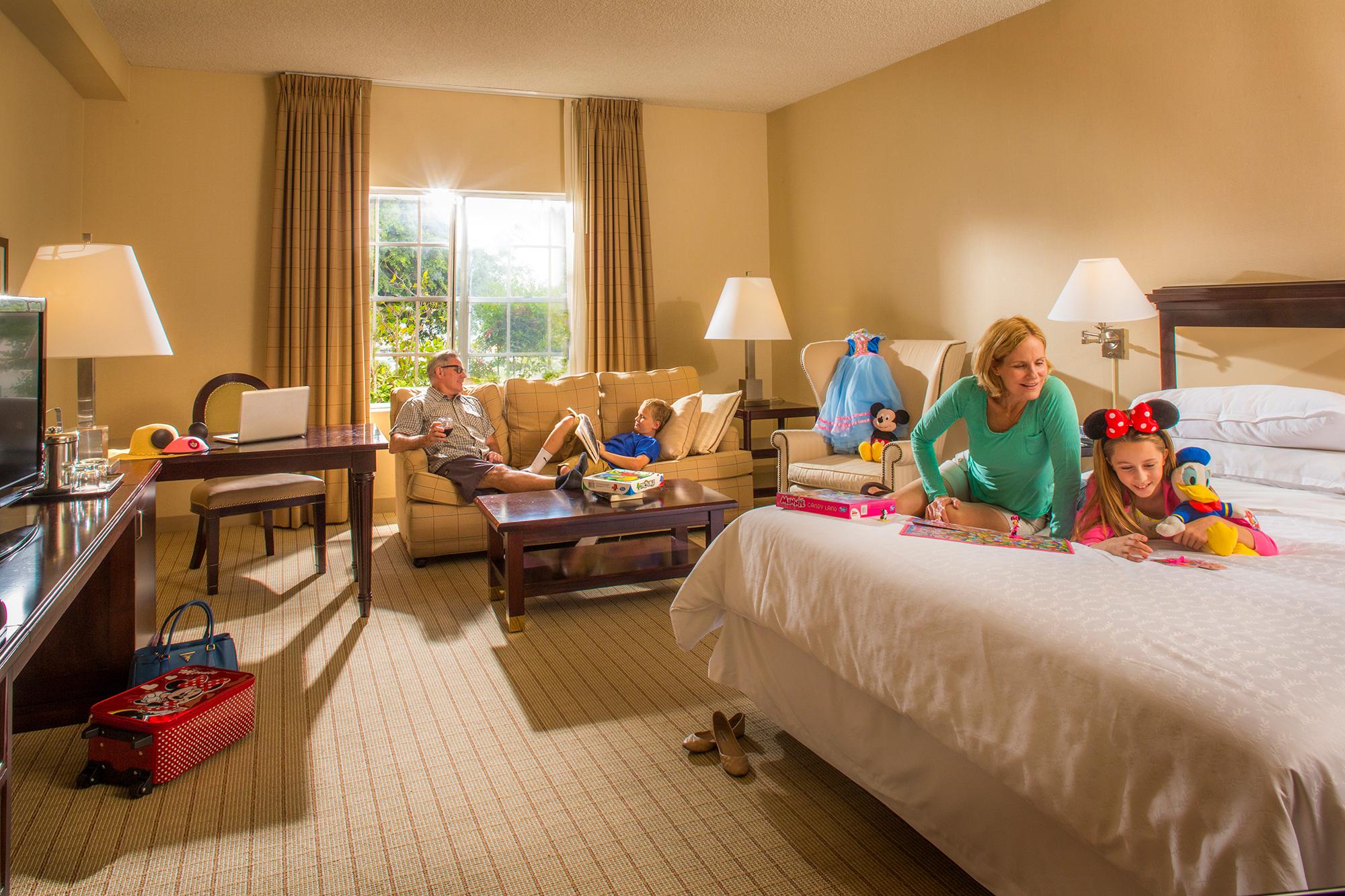 Family Friendly Hotel Rooms Anaheim Majestic Garden Hotel